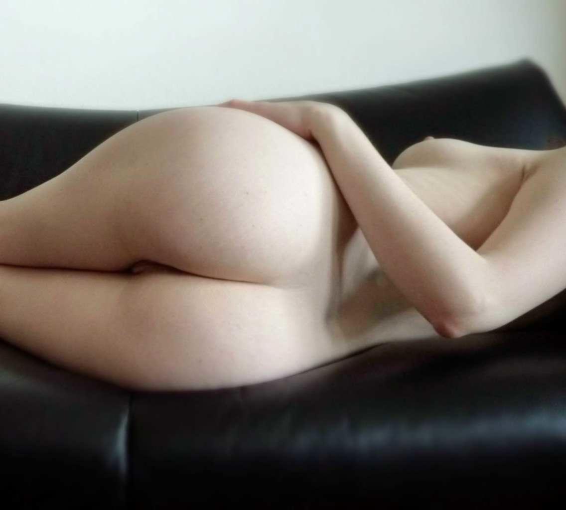 Красивые фигуры девушек в обнаженном виде
