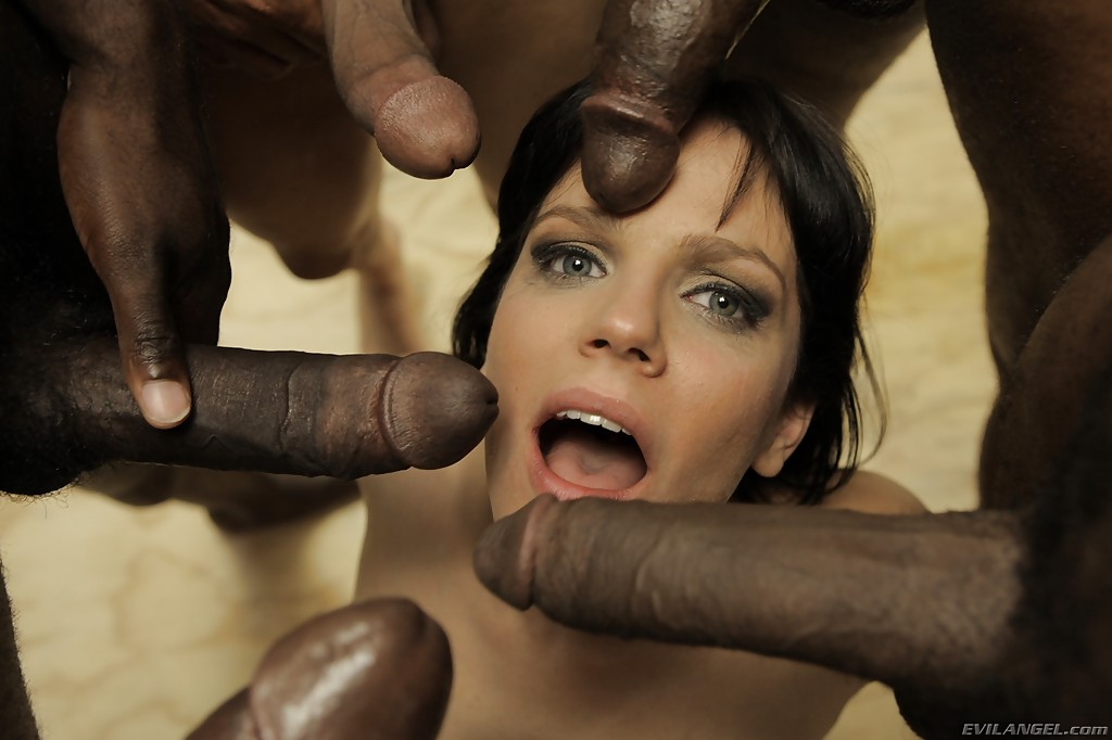 Bobbi Starr забрызгали спермой из пяти стволов | порно фото бесплатно на sexy-kiska.info